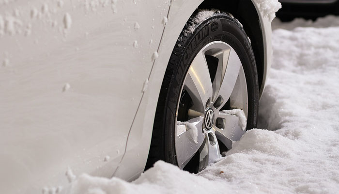 check  tire pressure    cold expert maintenance  buying tips